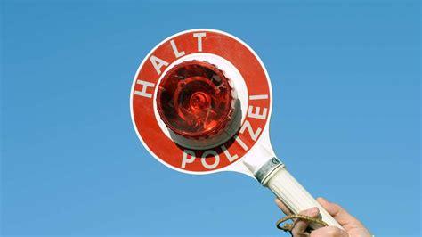 Bei einer Polizeikontrolle gilt: Ruhe bewahren