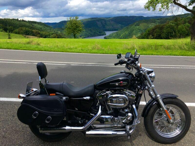 Harley-Davidson Sportster XL 1200 C Custom zu verkaufen